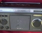 Vintage Sony ICF 6500W 5-band Short Wave Radio dx
