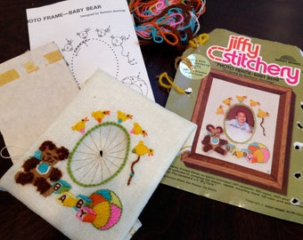 Baby bear Stitchery embroidery jiffy crewel kit 880 by sunset stitching done for you