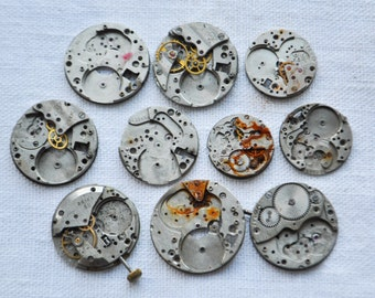 0.9 inch Set of 10 vintage watch movements.