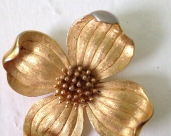 Vintage Gold toned DOGWOOD flower Brooch