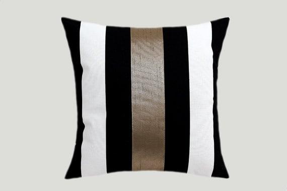 Black Cotton Throw Pillows : Decorative Pillow Case Cotton Black-White Throw pillow case