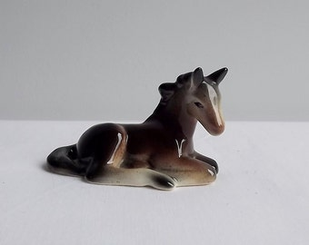 Vintage foal lying down, by Trentham Art Ware, England, 1950s