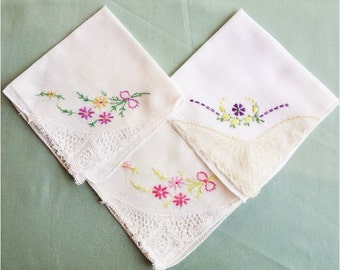 3 Small Hankies with Lace Corner
