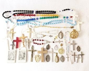 huge lot salvaged religious rosaries crosses charms saint medals pendants pins assorted  assemblage huge lot 18J