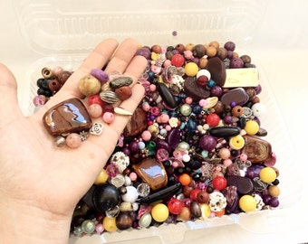 CLEARANCE Huge lot assorted vintage to newer beads assorted materials glass wood plastic metal lot 52J