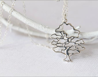 Openwork Leafy Tree Necklace in Sterling Silver