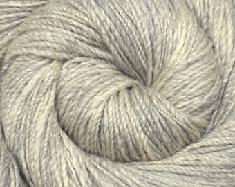 Handspun yarn - Silk / Merino wool, fine sport weight - LIGHT GRAY 2 - 310 yards