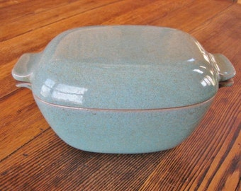 Mid Century Glidden Pottery Lidded Casserole Turquoise 40s 50s 2 Qt
