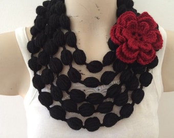 Black Bubble Scarf NecKlace With Red Flower