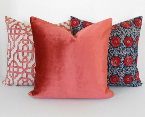 Dark Coral Throw Pillows : Items similar to Dark coral velvet decorative pillow cover, accent pillow, solid salmon velvet ...