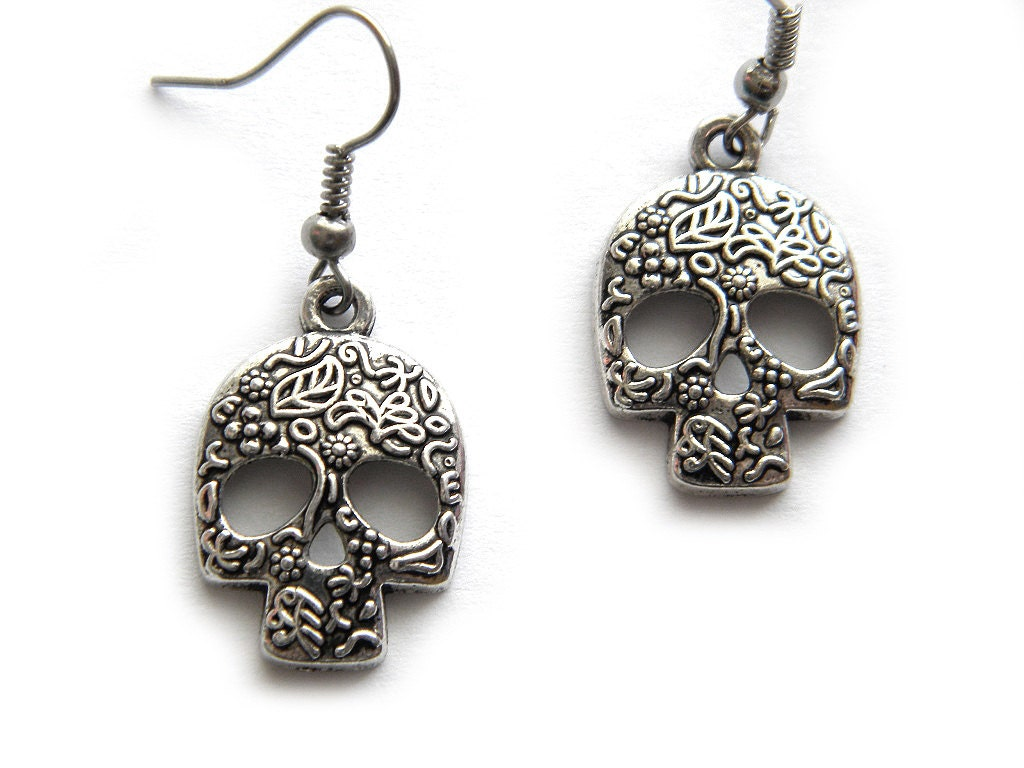 sugar skull earrings by clinquante on etsy