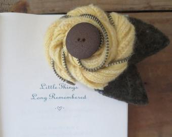 Recycled Wool Flower Zipper Brooch Pin