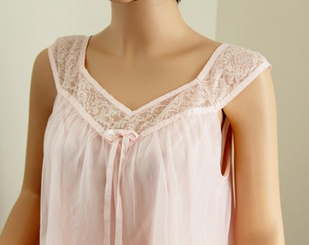 Vintage Seamprufe Pink Baby Doll Gown