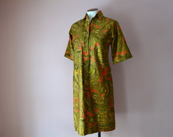 Paisley Shirt  Dress. Vintage 1970's Casual Summer Cotton Day Dress. Avocado Green Gold Paisley.  Modern Size Small Medium VDS138
