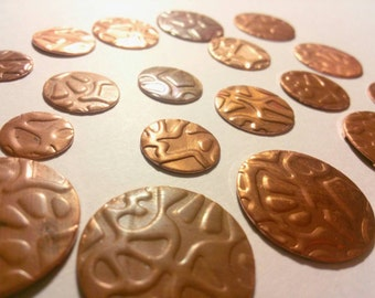 Nature Design Embossed Copper Blanks, Circles Discs 3/4 inch NO holes, 10 PCS, leaf vine plant textured metal beads, jewelry making supplies