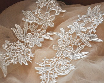 Lace Applique in Ivory Venise Lace for Garments, Jewelry or Costume Design