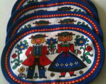 Vintage Pennsylvania Dutch Fabric Coasters Set of 4 Kitchenware Tableware Tirol Folklore Costume 1970s