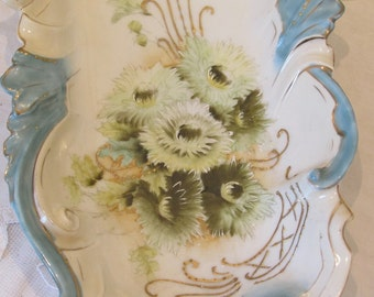 Antique French hand painted large porcelain trinket dish / bowl.  Gorgeous.  Porcelain de Paris.  Paris apartment, cottage chic