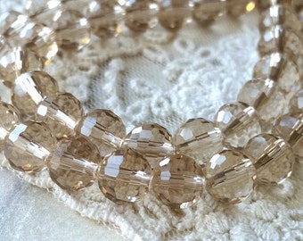 8 mm 96 Faceted Cut Earth Shape Champagne Color Glass / Crystal / Lampwork Beads (.muc)