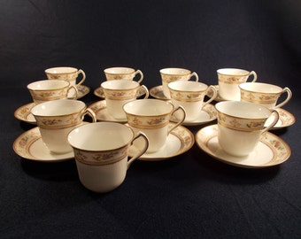 12 Cups and 11 Saucers Collingwood China Pattern 3052