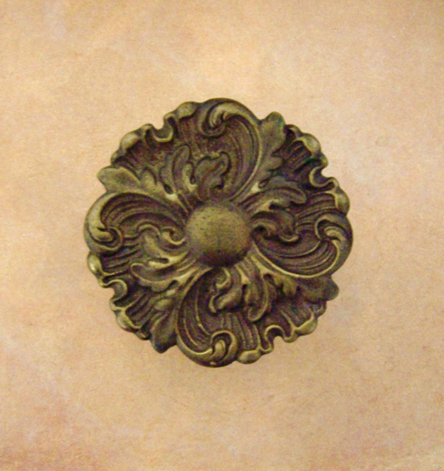 Antique Metal Medallion Architectural Or Furniture Hardware