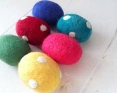 Merino Easter Eggs Individual Bright or Pastel Colours Polka dots Rainbow Wool Handmade Waldorf Party Favours Spring Decorations