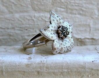 Vintage Flower 14K White Gold Diamond and Black Diamond Ring.