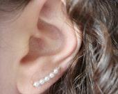 Pearl ear cuff earrings - Ear climber - Bridal earrings - Wedding earrings - Bridesmaids earrings gift - Swarovski white pearl earrings