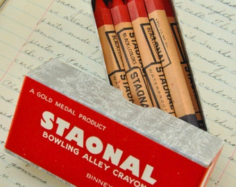 Vintage Crayon - Vintage bowling alley Red Crayons - Lot of 6 - red staonal crayon - vintage crayons - vintage art supplys