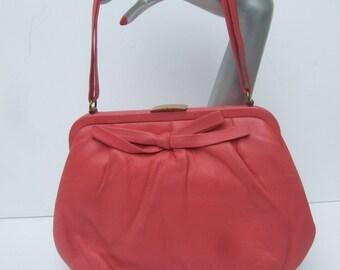 Fuchsia Bubblegum Pink Leather Retro Handbag c 1960