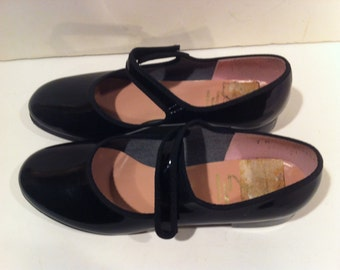 Vintage Pair of Capexio Tap Shoes Size 7m