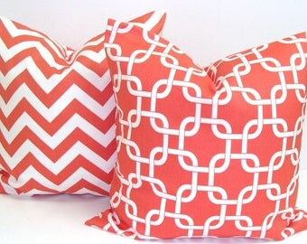CORAL PILLOWS SET.18x18 inch.Pillow Covers. Decorative Pillows.Chevron Coral Pillows.Coral Cushions.cm.ZigZag.Chevron.Pillow Set.Cushions
