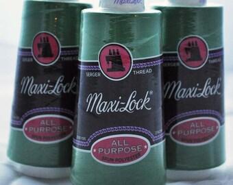 Maxi-Lock serger thread, emerald (32075) - 1 cone
