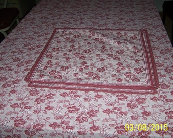 """William-Sonoma Tablecloth 64"""" wide x 117"""" long w/ 7 matching Napkins"""