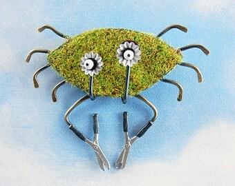 Crab Grass Pin