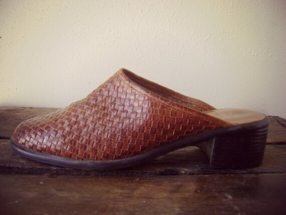 90s Woven MULE SHOES Vintage Brown Leather Slides Size 7 1/2