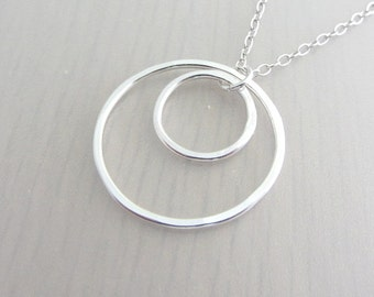 Sterling Silver Two Circle Necklace, Two Ring Necklace, Eternity Ring Pendant, 20th Birthday Gift, Sister Necklace, Mother Necklace, 14-25mm