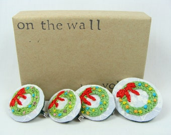 Hand Embroidered Christmas Door Decor Pin / Brooch - multiple purchase discount available, 1 inch