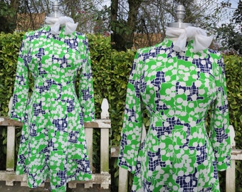 Vintage 1960s princess style dress, navy, green, and white dress, floral pattern dress, mad men dress, retro 60s dress, flower pattern dress