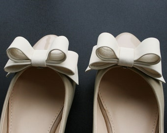 Ivory Leather Bow Shoe Clips
