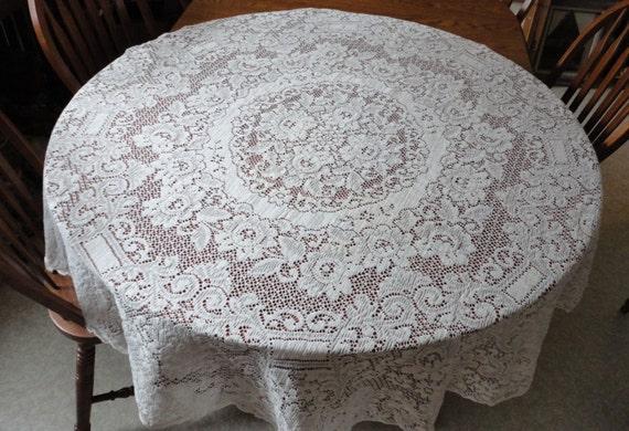 Vintage 70 Round Quaker Lace Style Tablecloth Ecru Beige