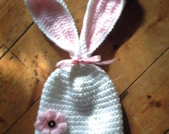 Baby girls bunny rabbit Hat, floppy bunny ears, Easter hat, baby gift photo prop, 0-12 months