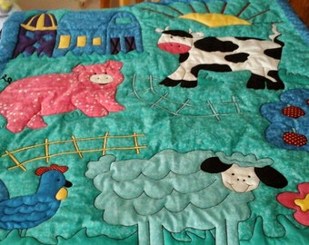 Pigs,Cows and Sheep Quilt                                    SALE! !!
