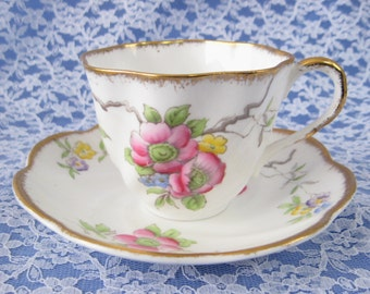 1930s Art Deco Hand Colored On Transfer Cup And Saucer Salisbury England Brushed Gold Trim