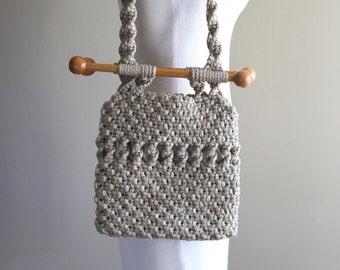 Macramé Vintage Shoulder Bag / Purse / 1960s 1970s