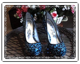 Vintage Chunky Shoes - Awesome the Blues Vintage Chunky Shoes by Naughty Monkey like new - SH-023a-050914000