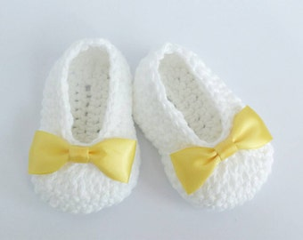 White Crochet Baby Booties, Christening, Baptism, Yellow Bow Crochet Booties, Baby Girl Booties