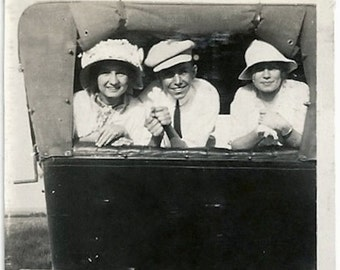 Old Photo 2 Women and Man Looking out the back of Car Hats 1910s Photograph snapshot vintage