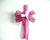 Fuchsia and white small Valentine's Day bow/ Valentine Gift bow/ Small Holiday bow/ Gift wrap bow, Mini Valentine gift wrapping bow (V52)