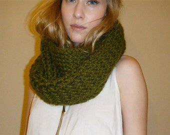 Army Green Circle Scarf - Handmade